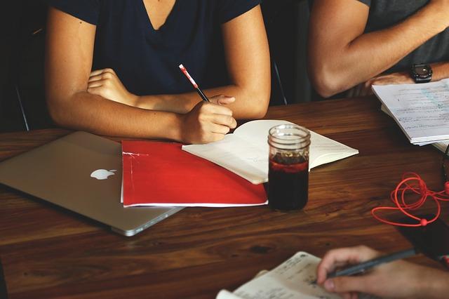 קווים לכתיבת עבודות סמינריונית