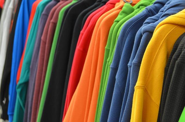 לקנות בגדים בזול